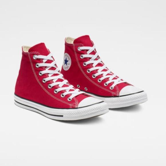 50d50aa61e6f9 Converse Red Sz 8 Chuck Taylor All Star High Top